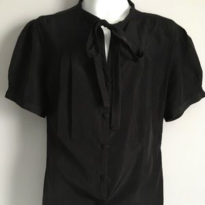 Black short sleeve bow top size small